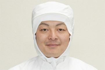 本社製麺部工場長 樋口 和敏