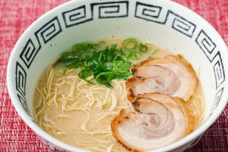 博多ラーメン100g5食スープ付き(冷蔵)