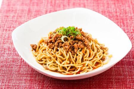汁なし坦々麺 (肉入りタレ付)